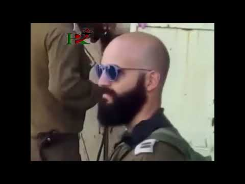 Israeli occupation soldiers they close a Palestinian house with oxygen welding