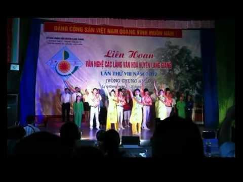 Liên hoan văn nghệ các làng văn hóa huyện Lạng giang 2012 thôn Trung Phụ trong