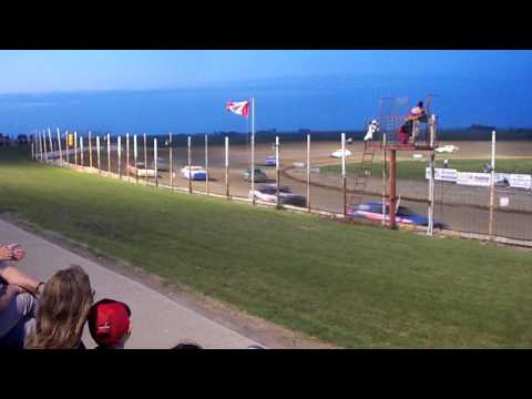 100 3256 2015-07-11 Devils Lake Speedway Street Stock Feature