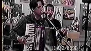 "They Might Be Giants Perform ""They Got Lost"" and ""Maybe I Know"""