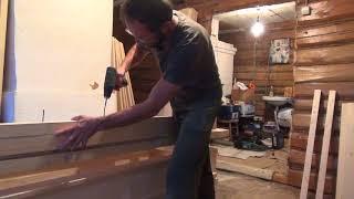 видео Как поменять входную дверь в деревянном доме