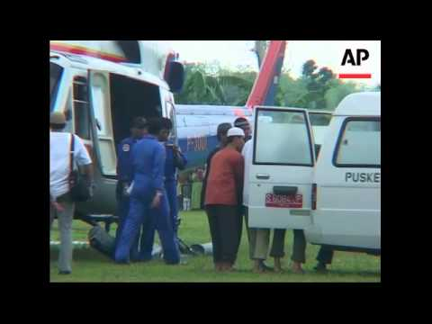 Bodies of the two executed Bali bombers arrive for burial