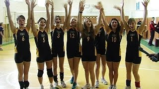Перед Новим роком на Коломийщині дівчата зіграли у волейбол