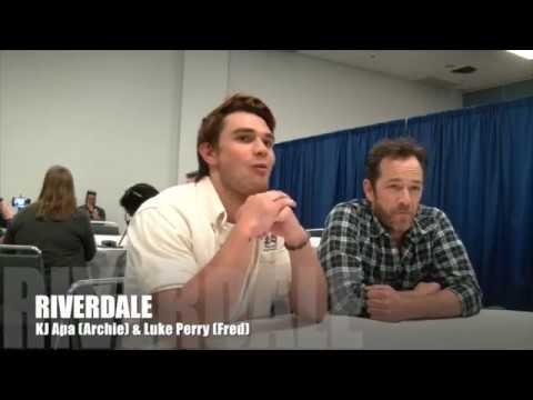 Riverdale KJ Apa (Archie) & Luke Perry (Fred) INTERVIEW