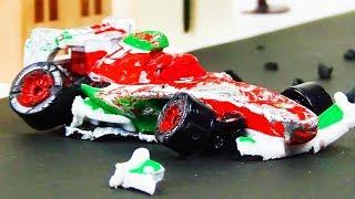 Francesco Bernoulli Crash & Repair!  Disney Cars Toys Video for Kids