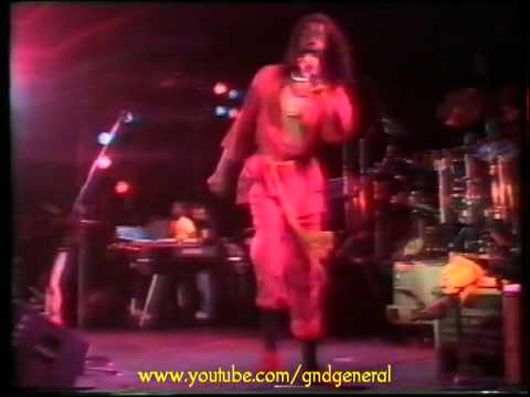 09 - Peter Tosh - Equal Rights & Downpressor Man (Live)