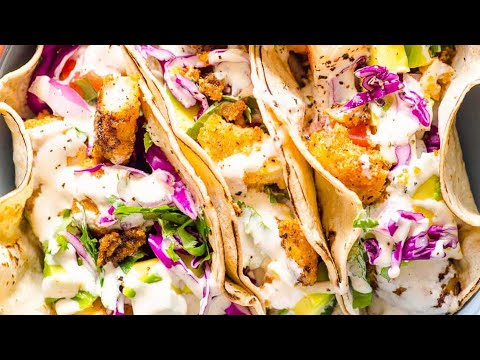 How To Make EASY And Healthy Fish Tacos | Spicy And Creamy