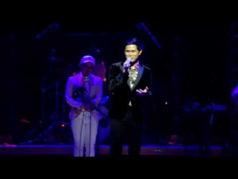Rossa concert at the Esplanade. Singapore.cakra khan