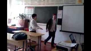 смотреть всем - прикол - урок русского языка в 8 классе