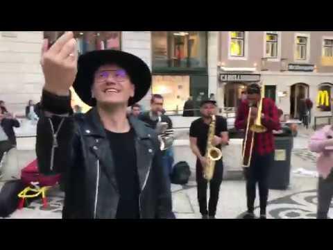 """Eurowizja 2018: """"Light me up"""" na ulicy w Lizbonie"""