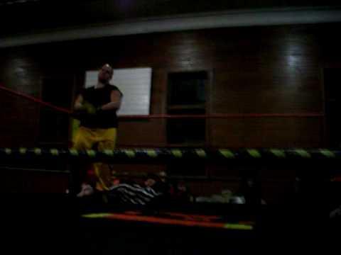 "ETWA May 9 2009 ""The Boss"" Donny Myers VS The Buzz..."