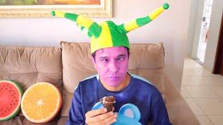 Rafael em uma história engraçada com Sorvete Mágico | Pretend Play Selling Ice Cream