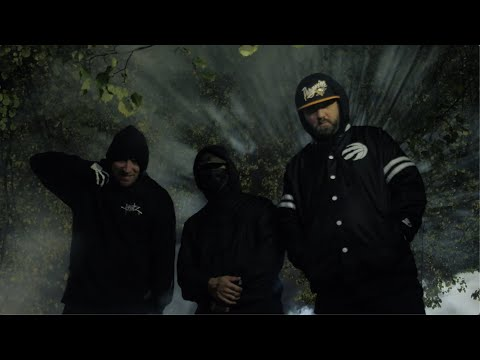 Смотреть клип Snak The Ripper, Evil Ebenezer & Young Sin - Out For Action