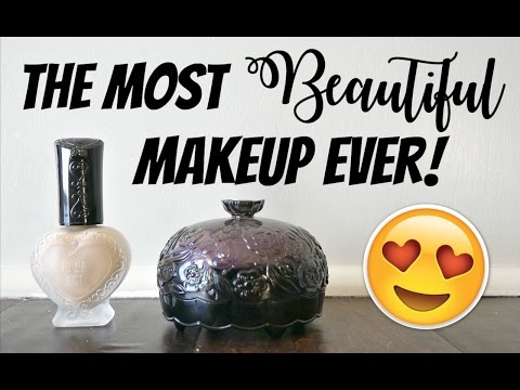 THE PRETTIEST FOUNDATION EVER | Anna Sui Foundation + Powder Review