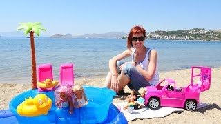 Барби и подружки приехали на пляж с Машей капуки кануки