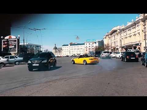 Погибший в аварии блогер нарушает ПДД в центре Харькова