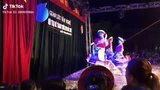 Em Gai Nhay Sung Qua Va Cai Ket Hay Trao Cho Anh