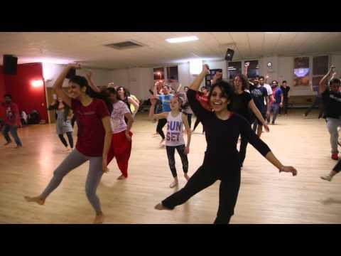 Tune Maari Entriyaan - Choreography