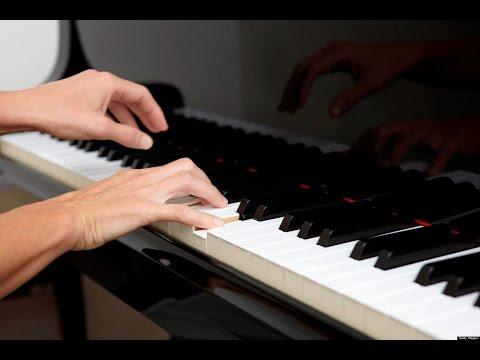 Ennu ninte Moideen Mukkathe penne: instrumental key board