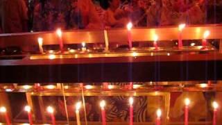 京都祇園祭宵山で唄われる札売りのわらべ歌。南観音山にて。