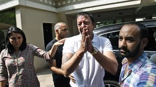Sanjay Dutt In Tears, Ready To Surrender thumbnail