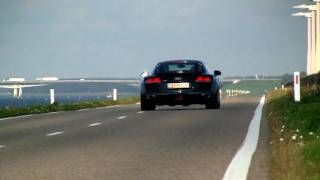 Audi R8 V10 Review - Hartvoorautos.nl - English subtitled