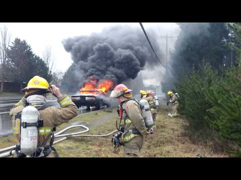 fully-engulfed-car-fire,-parksville-b.c.-on-highway-19a