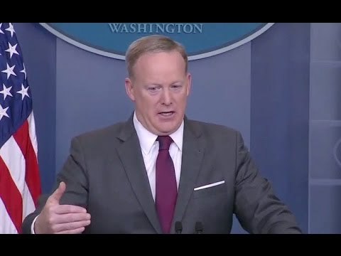 Thumbnail: Press Asks Spicer Why Border Wall Still Needed