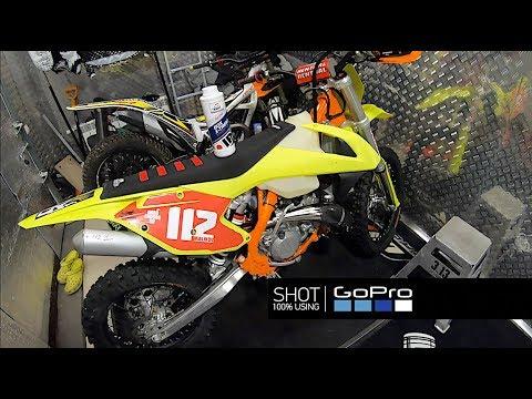 Как поменять масло в 2Т эндуро или кроссовом мотоцикле?