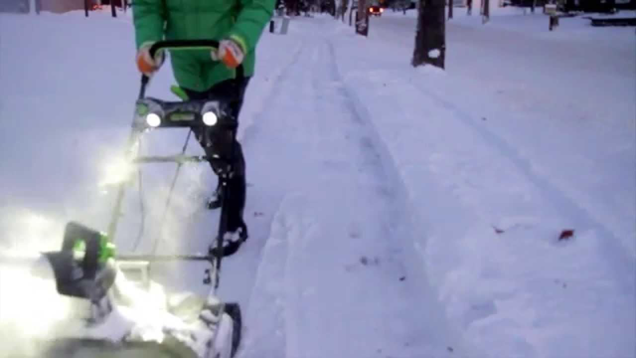 Compare Greenworks Pro 80 Volt Cordless Electric Snow Blower Vs