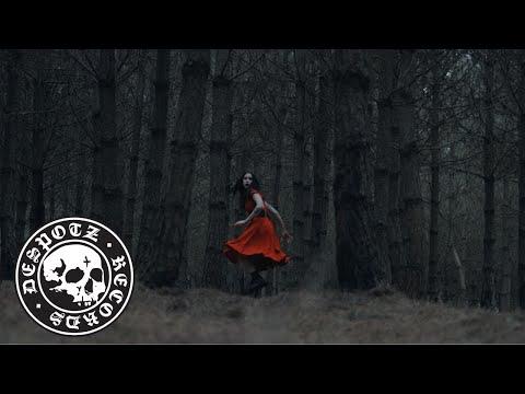 Смотреть клип Skarlett Riot - Underwater