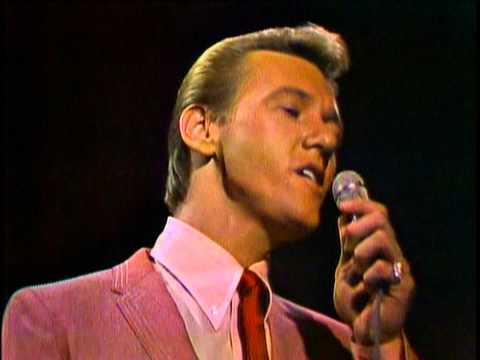 Righteous Brothers  Unchained Melody   Best Quality 1965