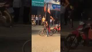CSGT Sơn La bị dân quay phim lại khi làm không đúng luật