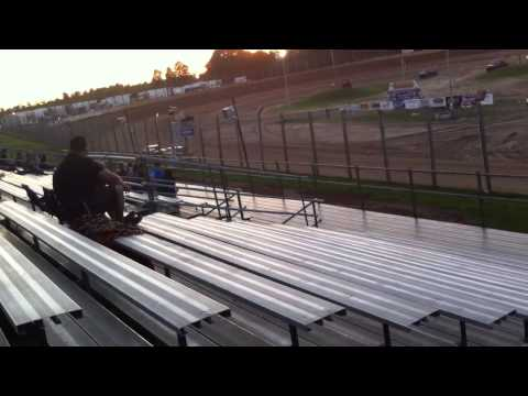 Street stock feature final laps@ eagle valley speedway 6/27