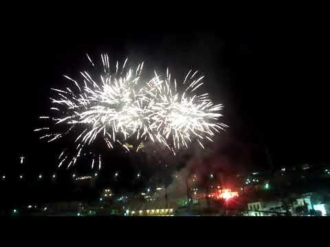 28-4-2019: Πυροτεχνήματα από την ταράτσα του Ξενοδοχείου ΟΛΥΜΠΙΚ στην Κάλυμνο
