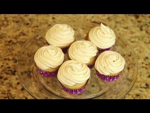 Cake Decorating & Frosting For Diabetics : Recipes For Diabetics
