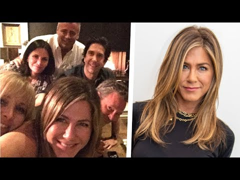 Jennifer Aniston's First Instagram Pic With Her Friends is EPIC