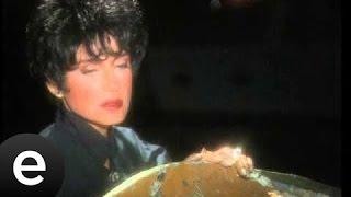 Sorma Ne Haldeyim (Ayşegül Aldinç) Music Video sormanehaldeyim ayşegülaldinç - Esen Müzik