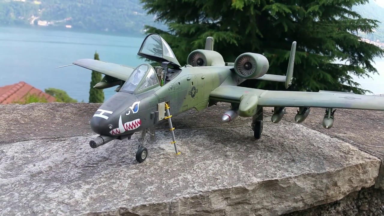 A10 Warthog 1 32 Trumpeter Youtube