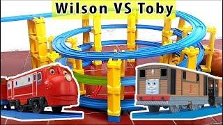Mainan Anak Kereta Api Thomas dan Chuggington Melewati Jalan Berkelok