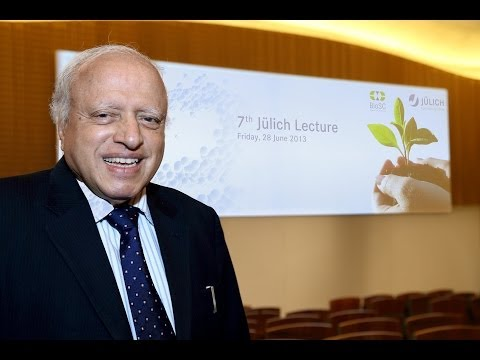 7th Jülich Lecture (I): Feeding 10 Billion with Less