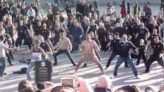 Flash Mob Haka Trafalgar Square London 2012