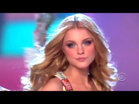 Jessica Stam Victoria's Secret Runway Walk Compilation 2006-2010 HD