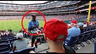 FUNNIEST vendor in MLB (Citizens Bank Park)
