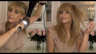 Jennifer Aniston blow dry, fast Thumbnail