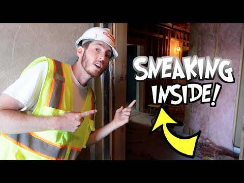 SNEAKING AROUND A CONSTRUCTION SITE!