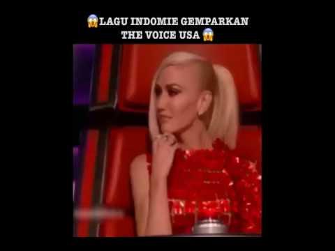 KEREN !!! Lagu INDOMIE Dinyanyikan Di The Voice America