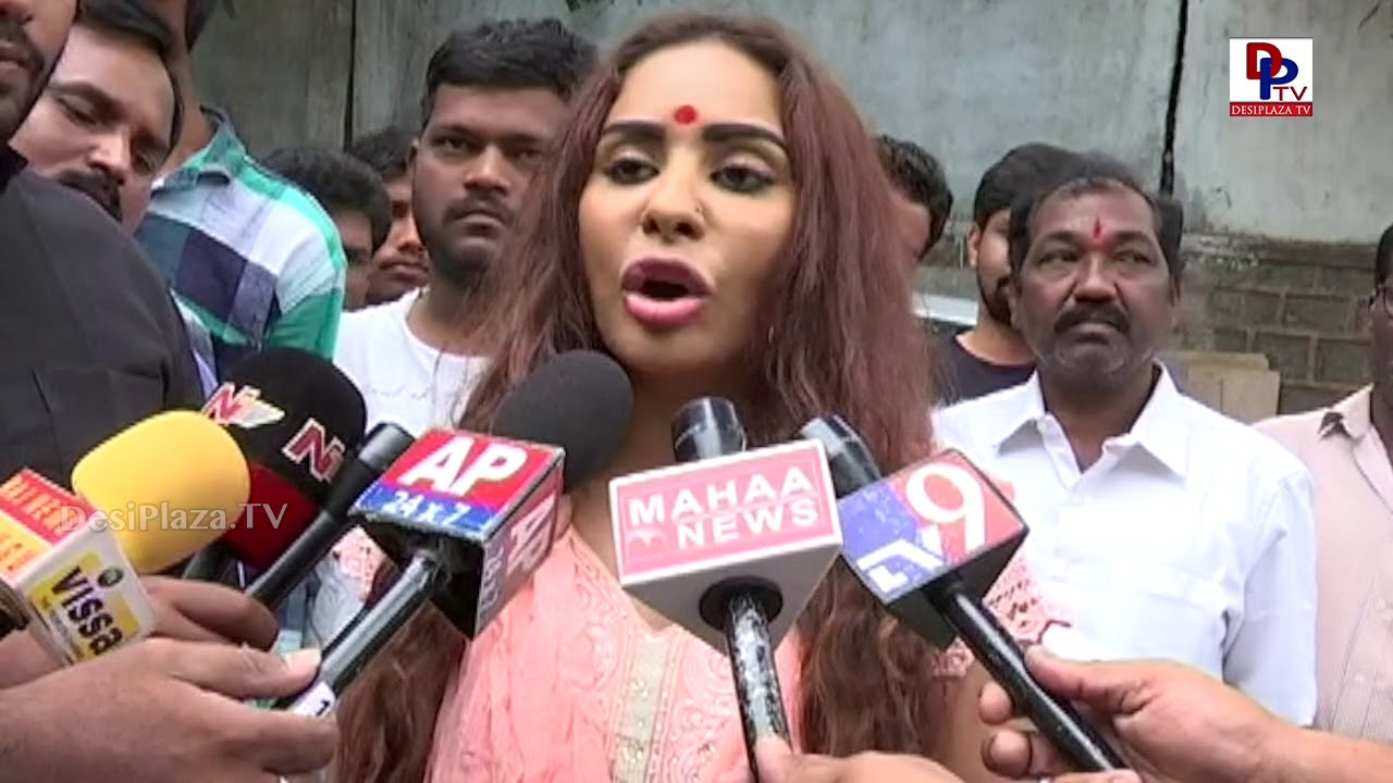 Sri Reddy sensational comments on Casting Couch - Save Film Industry - PressMeet at MAA Film Chamber