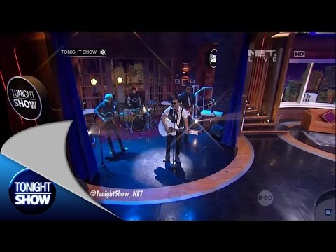 Naif Band Menyanyikan Request Lagu dari Followers Tonight Show