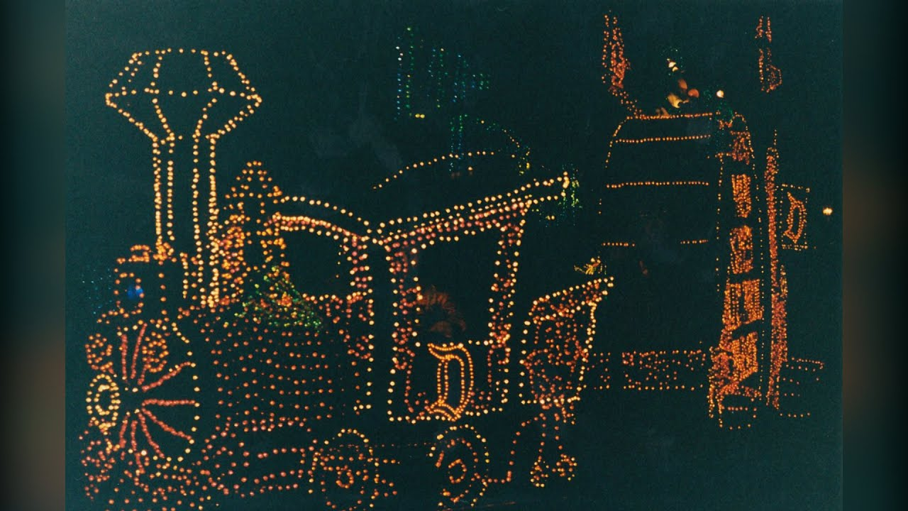 Download The Main Street Electrical Parade Soundtrack but with ALMOST EVERY 1972-2008 Unit V1.5
